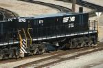 NS 876